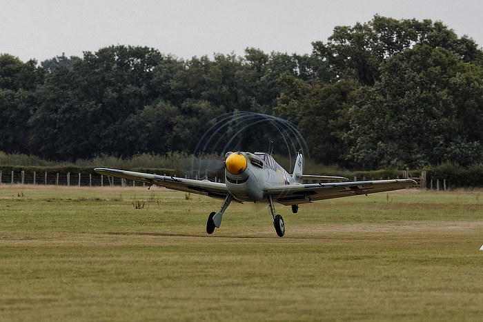 Buchon with prop-tip vapour trails at Headcorn