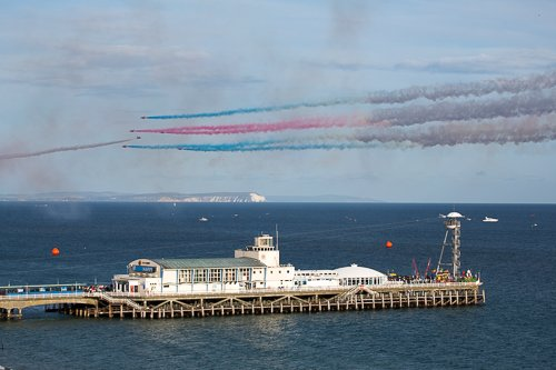 Red Arrows fly The Goose over Bournemouth Pier